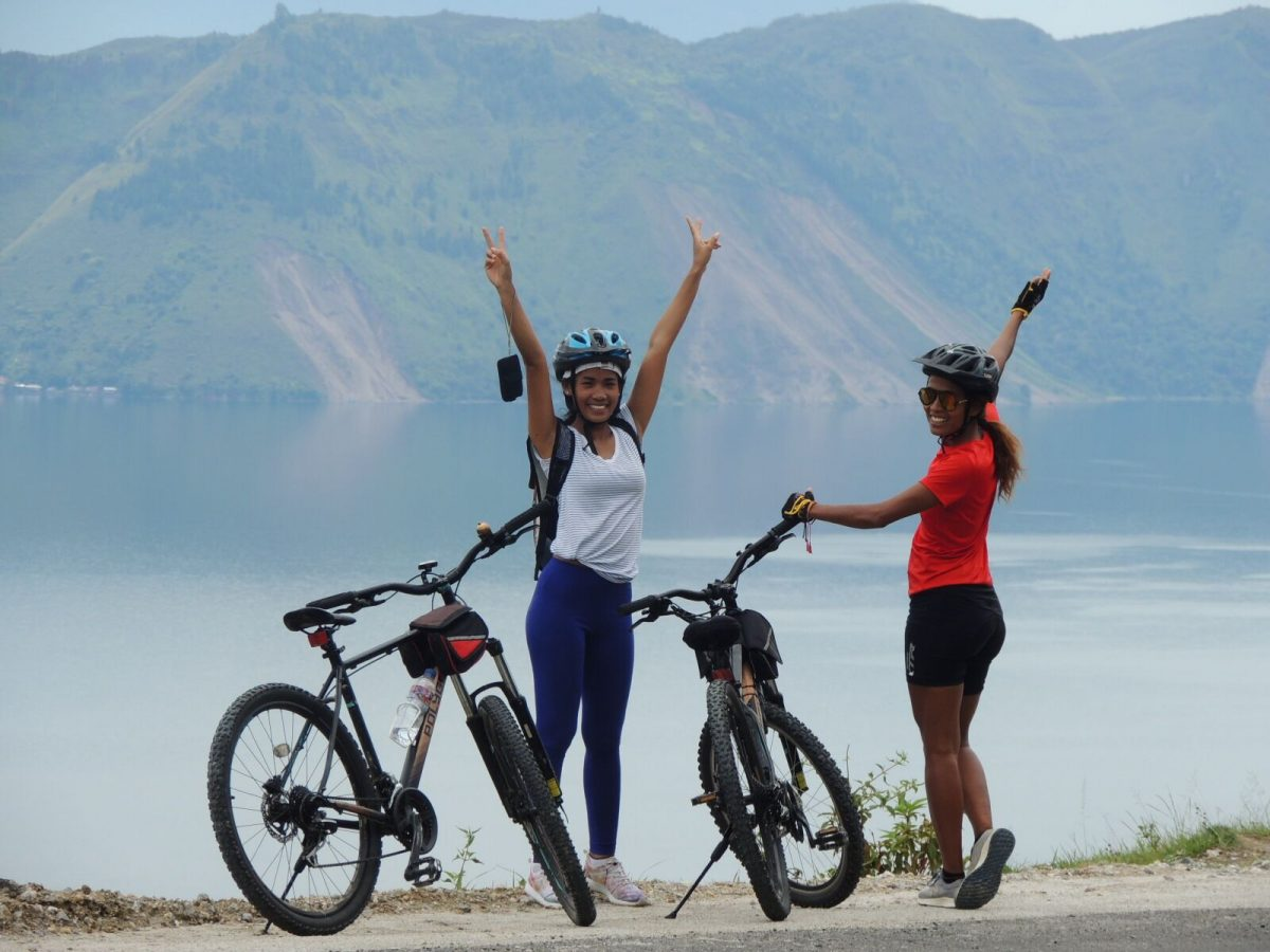 Freedom and adventure with Archipelago Adventure riding across mountains and lakes